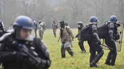 Notre-Dame-des-Landes: une dizaine de gendarmes blessés par de l'acide et une bombe agricole dans une