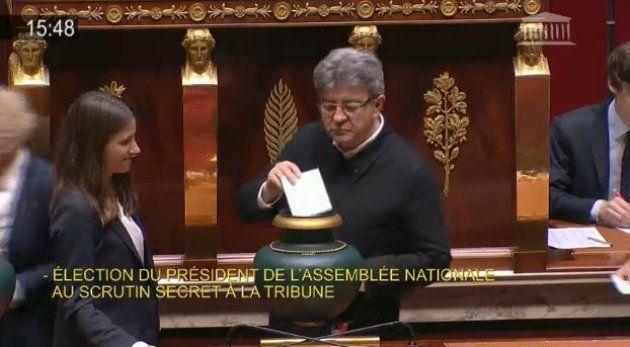 Jean-Luc Mélenchon, sans cravate à