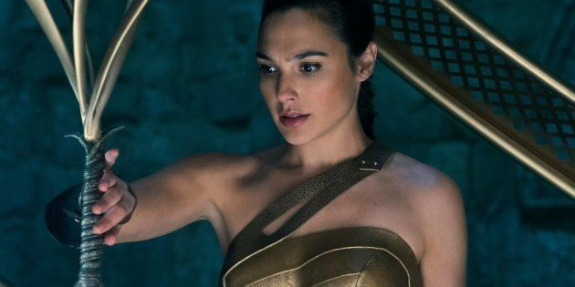 Wonder Woman, une femme puissante physiquement mais émotionnellement