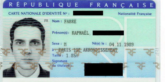 Comment j'ai réussi à obtenir une carte d'identité avec une photo virtuelle de