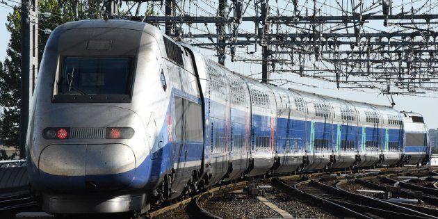 Le TGV qui inaugurait la nouvelle ligne LGV Paris-Bordeaux est arrivé avec 5 heures de