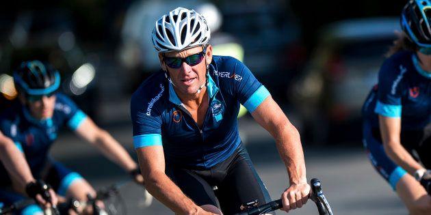 Dopage: Lance Armstrong va payer 5 millions de dollars pour éviter un