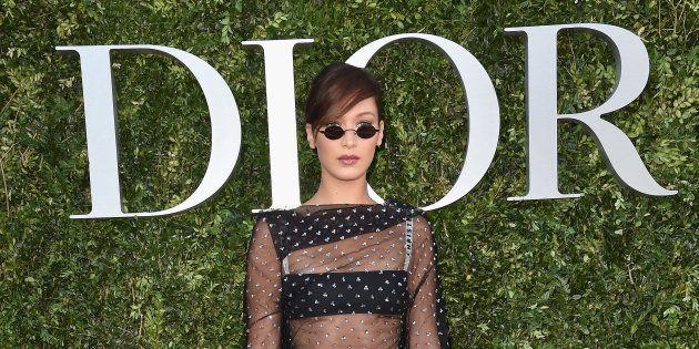 Bella Hadid au vernissage de l'exposition 'Christian Dior, couturier du rêve' , en célébration des 70...
