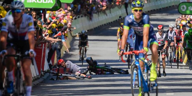 Chute au sprint sur le Tour à Vittel le 4 juillet