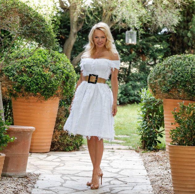 Alerte à Saint-Tropez! Pamela Anderson ouvre son restaurant