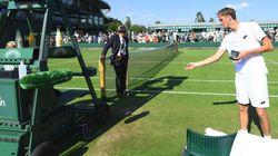 À Wimbledon, ce joueur éliminé jette de l'argent à