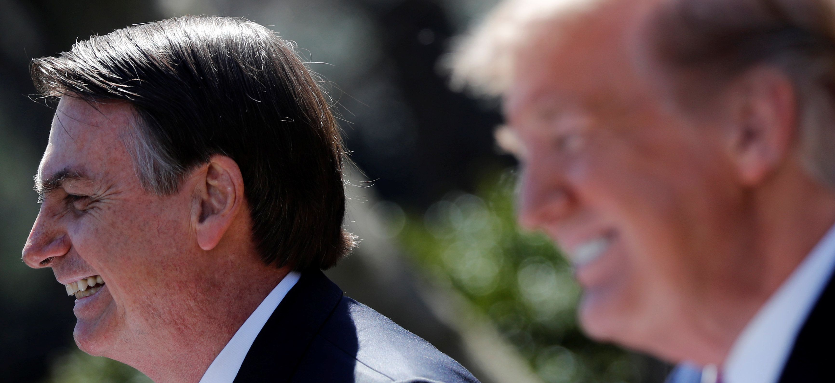 O presidente dos Estados Unidos Donald Trump prometeu a Jair Bolsonaro apoio à entrada do Brasil...
