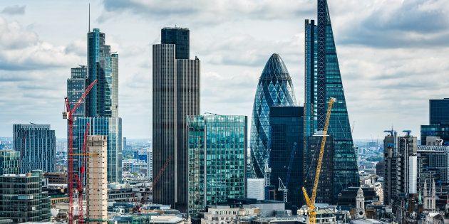 Le gouvernement annonce (un peu tard) un plan pour séduire les banques qui fuient le