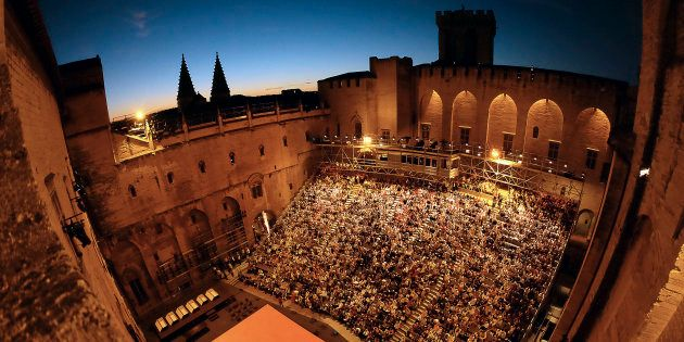 La 71ème édition du festival d'Avignon s'est ouverte le 6 juillet 2017. Ici photographiée, la cour du...