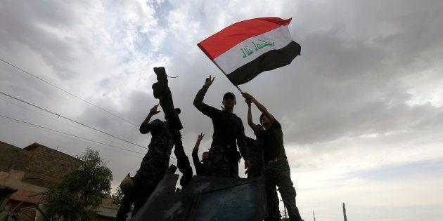 Bataille de Mossoul: le premier ministre irakien annonce la libération de la