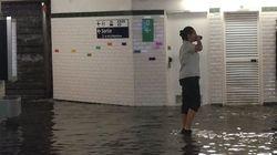 Déluge éclair à Paris, le métro transformé en piscine à cause des