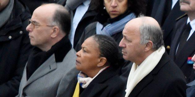 Bernard Cazeneuve, Christiane Taubira et Laurent Fabius place de la République, le 10 janvier 2016, un...