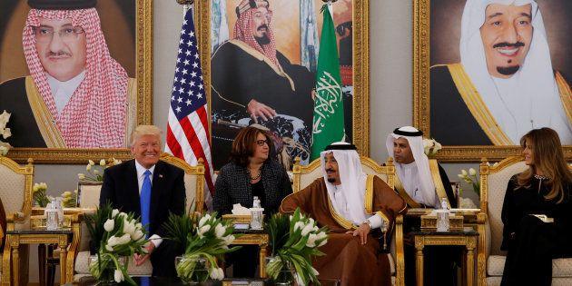 Donald Trump rencontre le roi d'Arabie saoudite Salmane ben Abdelaziz Al Saoud à Riyad, Arabie saoudite,...