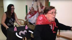 Une maison de retraite rejoue le lâcher de taureaux de Pampelune à sa