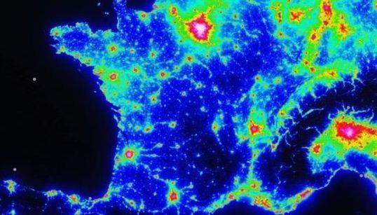 La carte de la pollution lumineuse pour bien profiter de la Nuit des