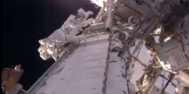 Les premières images de Thomas Pesquet dans l'espace, à l'extérieur de
