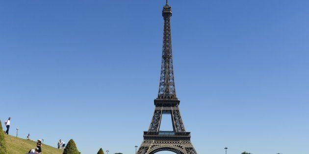 La tour Eiffel évacuée par erreur après l'incompréhension d'un employé pendant une