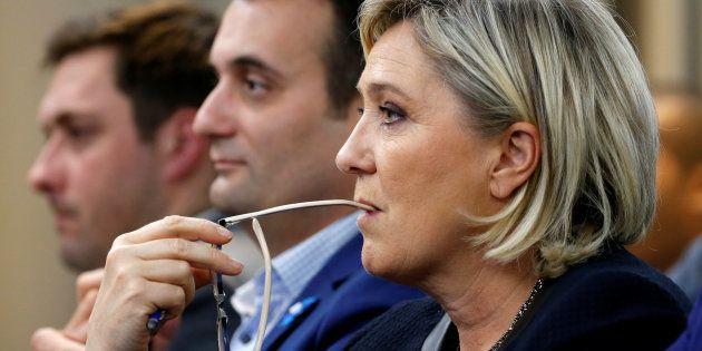 Marine Le Pen, leader du Front national (FN), lors d'un débat du FN à Paris, le 8 novembre