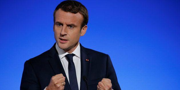 Pour Macron, la destitution de d'al-Assad n'est pas