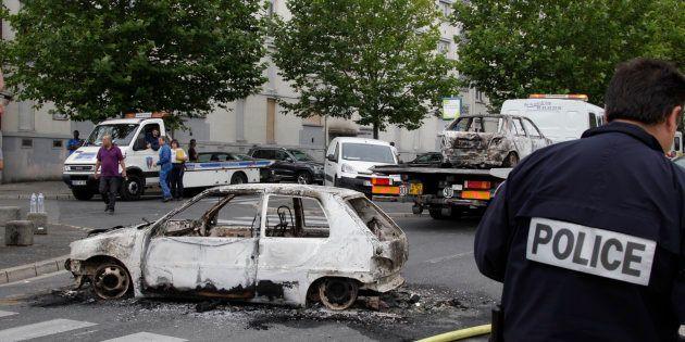 Près de 900 voitures brûlées le 14 juillet