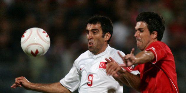 Pourquoi l'ex-footballeur Hakan Sükür est visé par les purges en