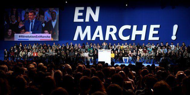 Emmanuel Macron lors de son meeting, porte de Versailles en décembre