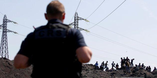 Plusieurs migrants interpellés alors qu'ils tentaient de rejoindre l'Angleterre par avion, une