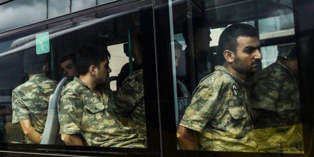 En Turquie, les prisons débordent, 38.000 prisionners non impliqués dans le putsch raté