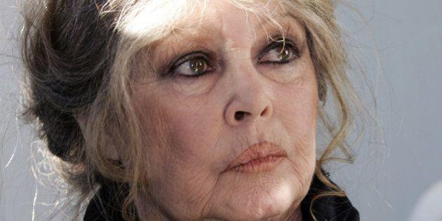 Brigitte Bardot demande à François Hollande de gracier totalement Jacqueline
