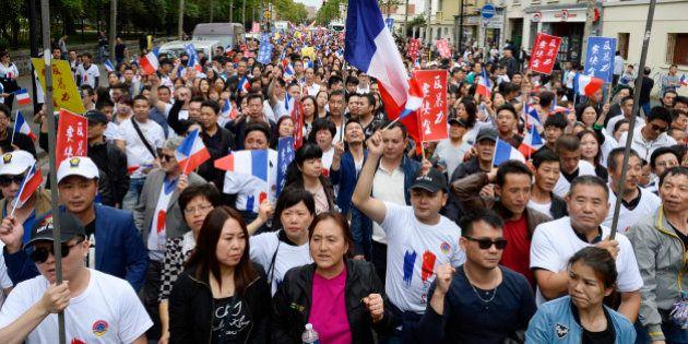 Une manifestation contre le racisme anti-Chinois rassemble près de 2000 personnes à