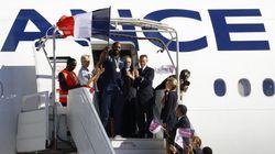 Retour en France et crochet par l'Élysée pour la délégation
