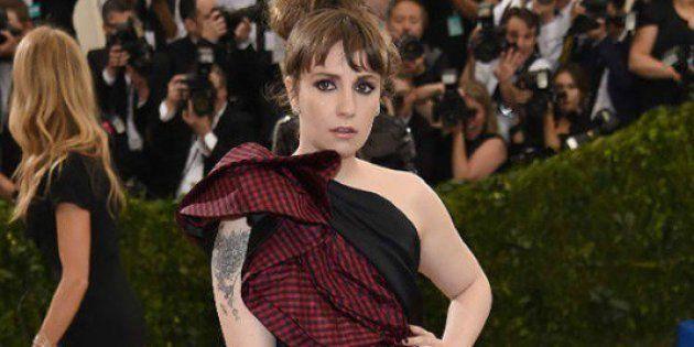 Lena Dunham fera partie de la 7e saison d'American Horror Story - Lena Dunham au Met Gala