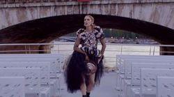 Céline Dion se déchaîne dans Paris dans cette vidéo pour