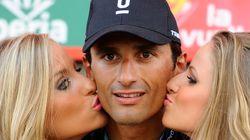 Faut-il supprimer le baiser aux vainqueurs d'étapes sur le Tour