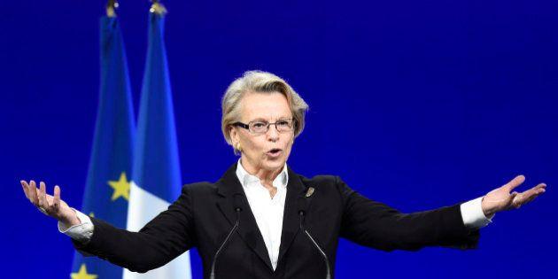 Michèle Alliot-Marie n'ira pas à la primaire mais se prépare pour