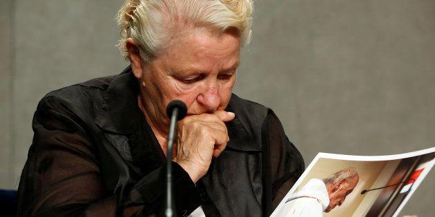 Roselyne Hamel, la soeur de Jacques Hamel, en conférence de presse le 14