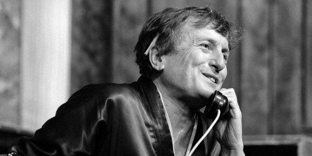 Claude Rich, immense acteur de théâtre qui n'a jamais eu un Molière. (Photo: Claude Rich en 1986 sur...