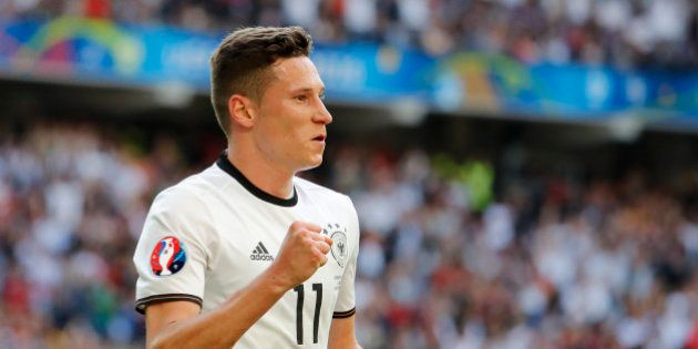 Football Soccer - Germany v Slovakia - EURO 2016 - Round of 16 - Stade Pierre-Mauroy, Lille, France -...