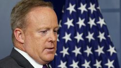 Mécontent de cette nomination décidée par Trump, son porte-parole Sean Spicer