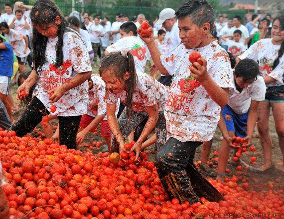 Comment un village d'Espagne a transformé sa bataille de tomates, la Tomatina, en mine