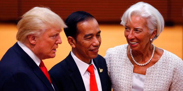 Le FMI revoit ses prévisions à la hausse presque partout sauf aux États-Unis (et Trump n'y est pas...