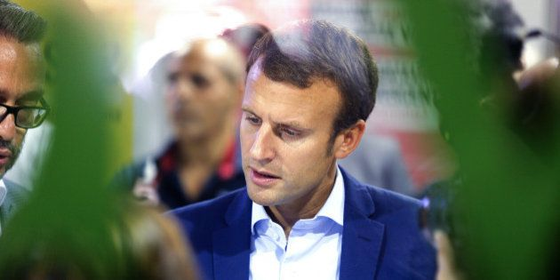 Emmanuel Macron revient sur son action au gouvernement: