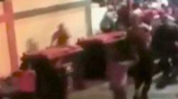 Le président vénézuélien doit courir pour échapper à une foule en