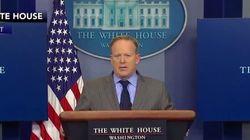 Le premier débriefing du porte-parole de la Maison Blanche en a abasourdi plus