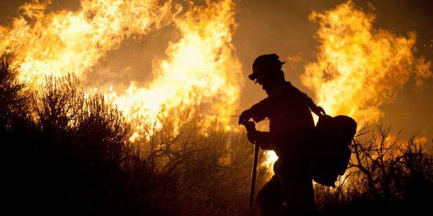 Contre les incendies géant, va-t-on devoir combattre le feu par le feu