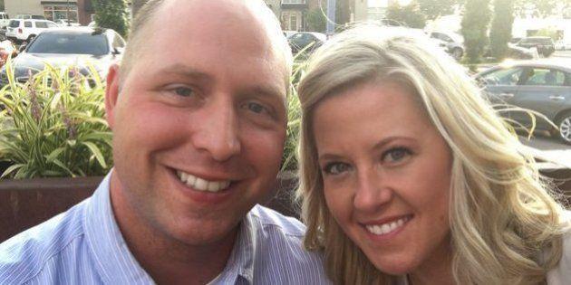 Pourquoi Ce Couple A Attendu 9 Ans Avant Douvrir Un Cadeau