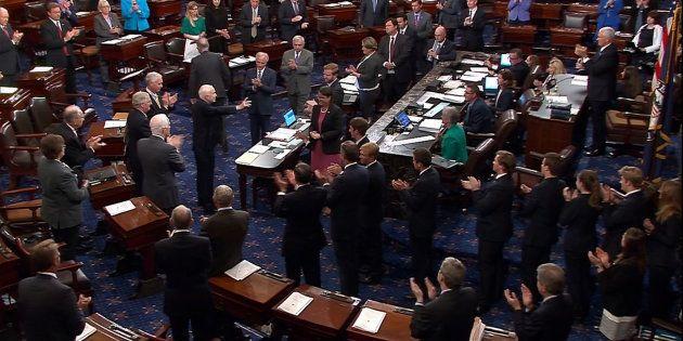 Obamacare: le Sénat américain vote (à une voix près) l'ouverture du débat sur l'abrogation du système...
