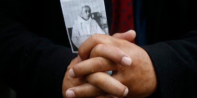 Saint-Etienne-du-Rouvray: Suivez la cérémonie d'hommage au père Jacques Hamel, en présence de