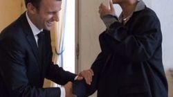 Rihanna s'affiche très complice avec le couple Macron à