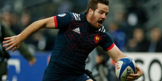 Le maillot de l'équipe de France de rugby va être vendu à un